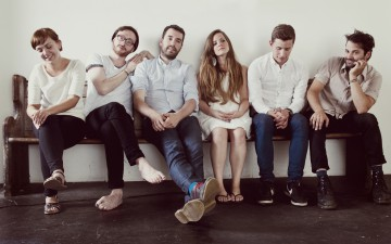 Wooden Arms – Neues Video und Tourdaten mit Hundreds