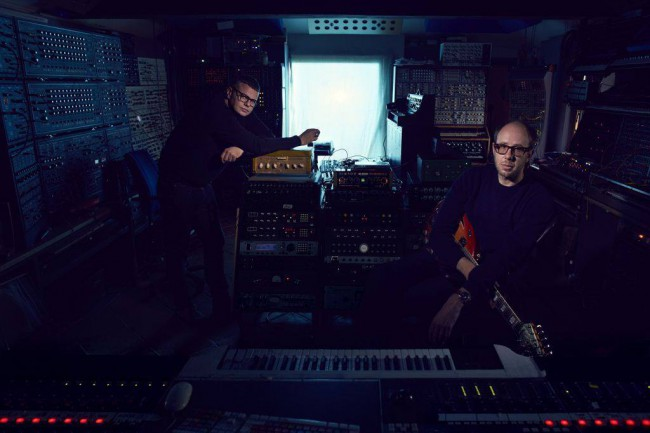 """TheChemical Brothers - Neuer Song vom kommenden Album """"Born in the Echoes"""""""
