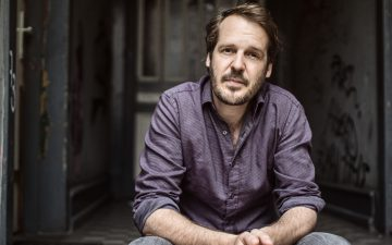 Gisbert zu Knyphausen kündigt sein neues Album an – Erste Single im Stream